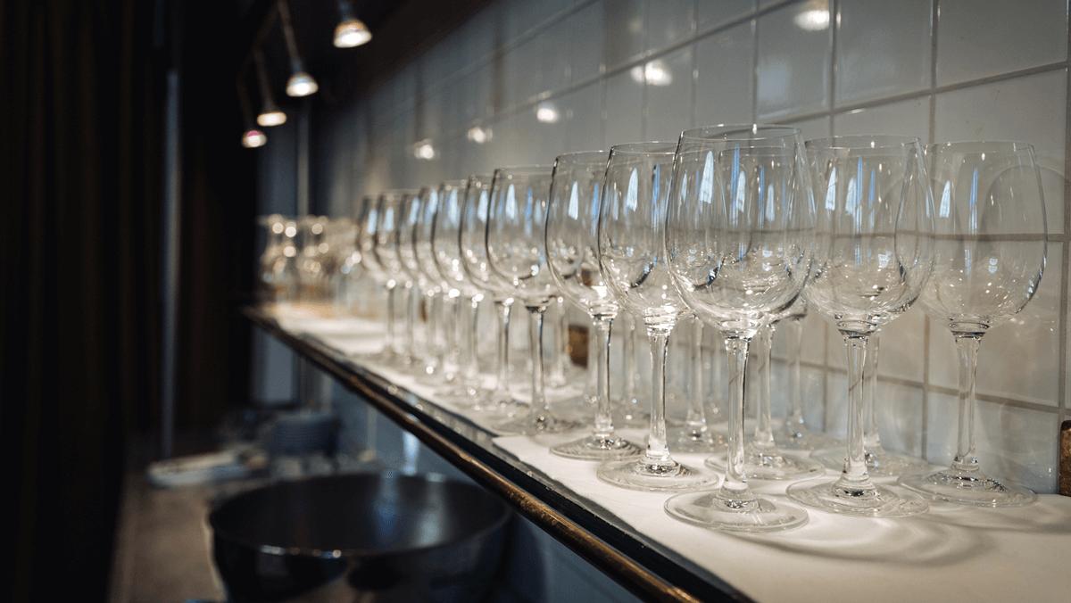 Pompe à vin automatisée